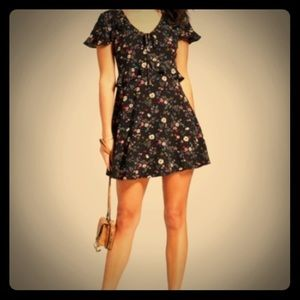 NWOT Xhilaration flirty and floral dress